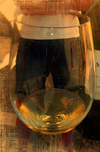 By click-mallorca.com (Private wine tour Mallorca) [CC-BY-SA-2.0], via Wikimedia Commons Cropped: Mea Culpa