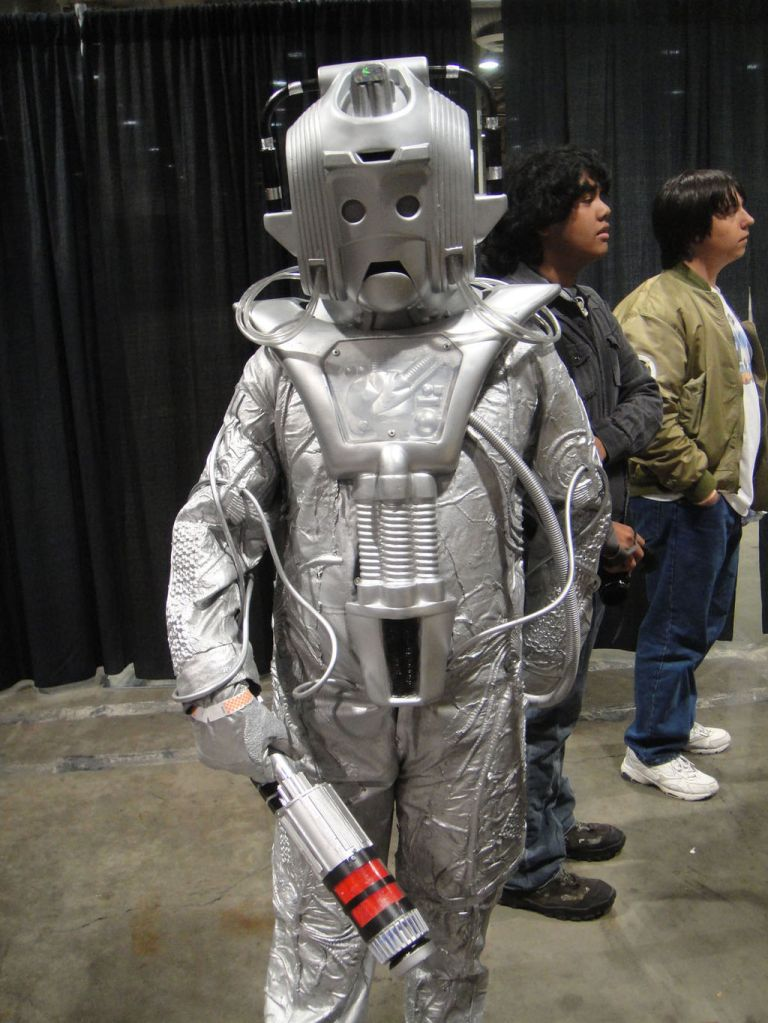 Comikaze_Expo_2011_-_Cyberman_from_Doctor_Who_(6324615505)
